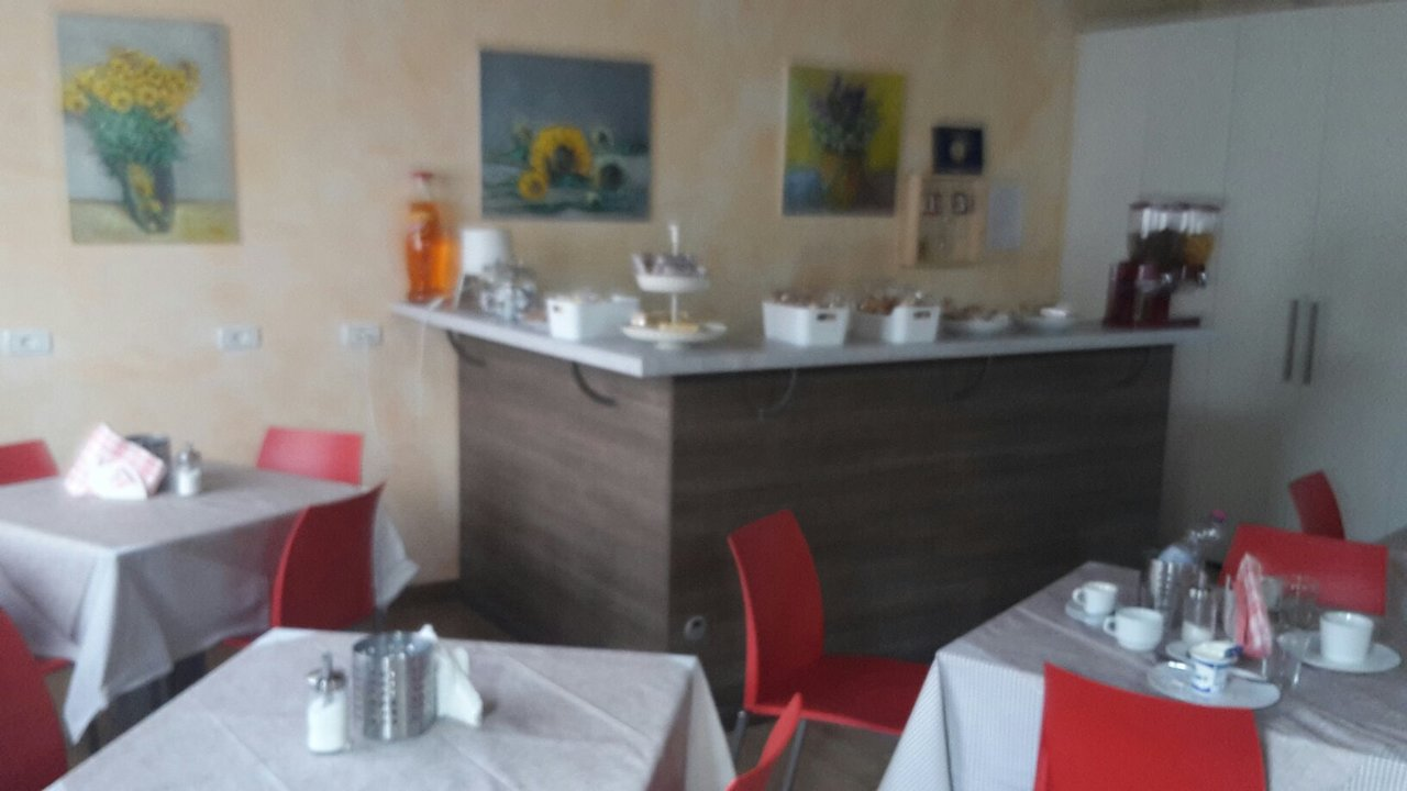 Area 51 Treviglio l'antico borgo - prices & b&b reviews (padergnone, italy