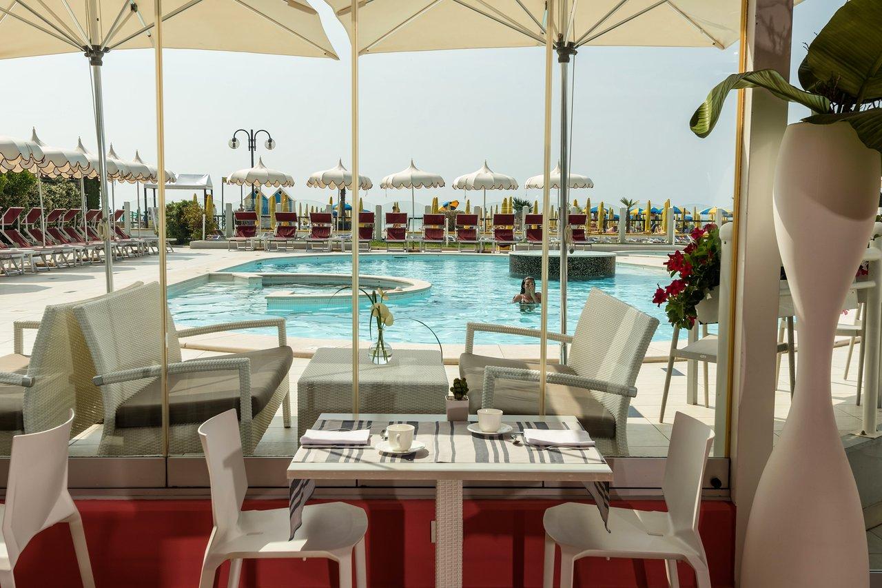 BAIA DEL MAR BEACH BOUTIQUE HOTEL - Prices   Reviews (Jesolo 3e1111cd3e