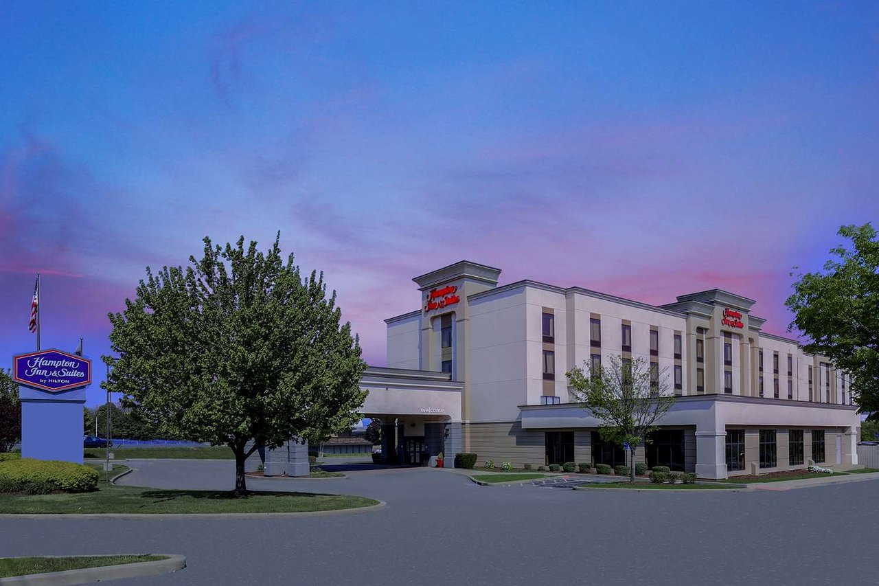 Hampton Inn Suites New Haven South West Haven 118 140