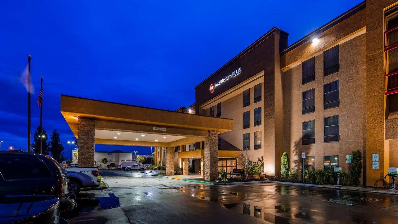 BEST WESTERN PLUS FRESNO AIRPORT HOTEL $142 ($̶1̶7̶7̶) - Updated ...