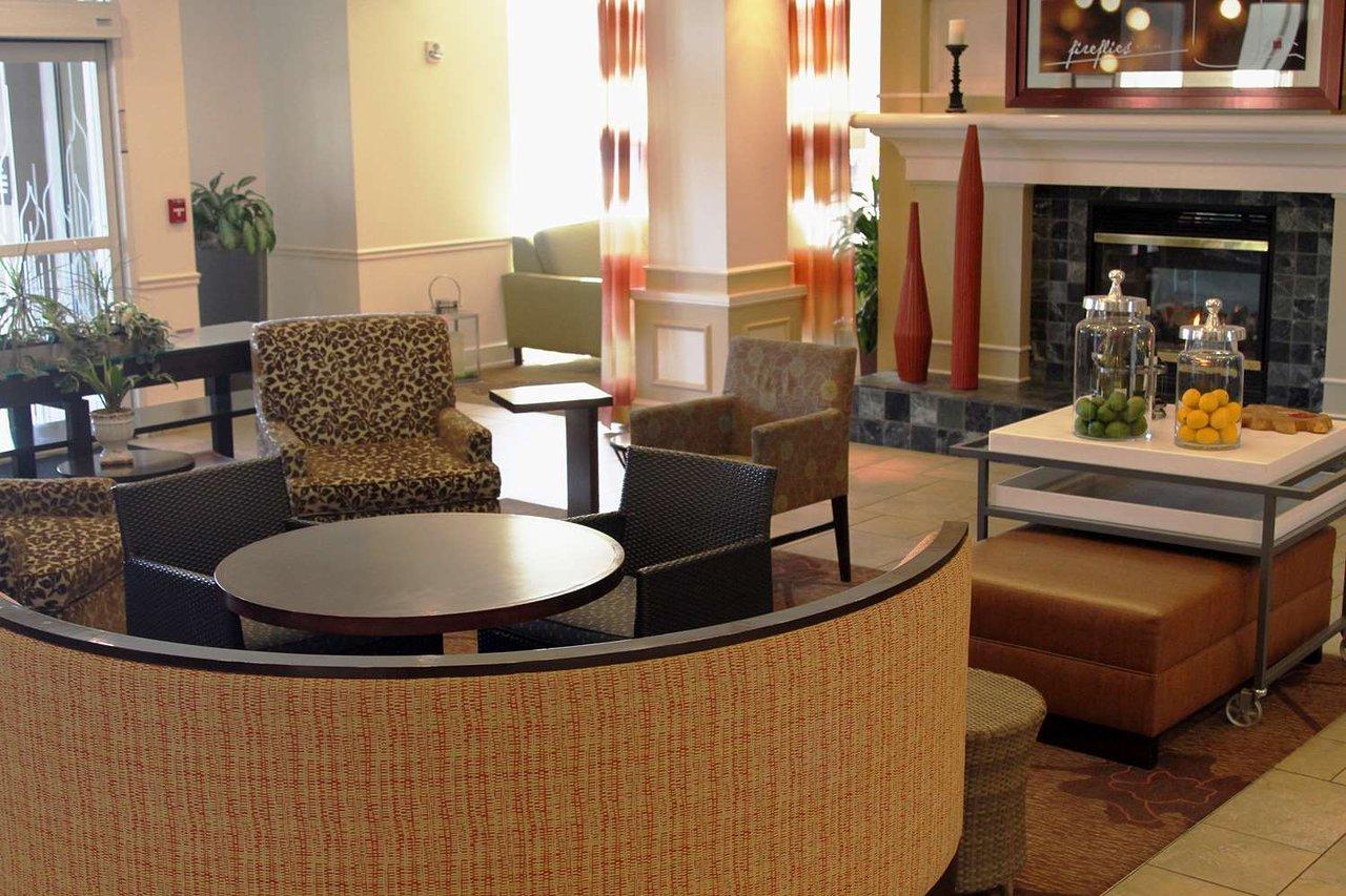 HILTON GARDEN INN KANSAS CITY - Updated 2018 Prices & Hotel Reviews ...