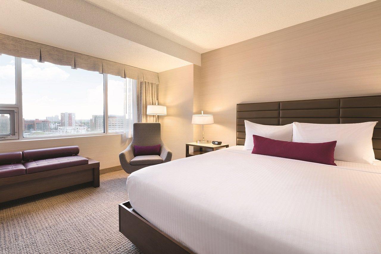 Coast Edmonton Plaza Hotel by APA (C̶$̶1̶4̶7̶) C$118