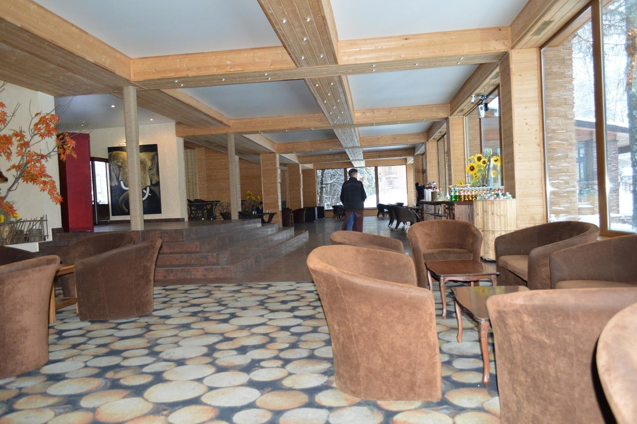 Country hotel Heliopark Lesnoy: reviews, photos