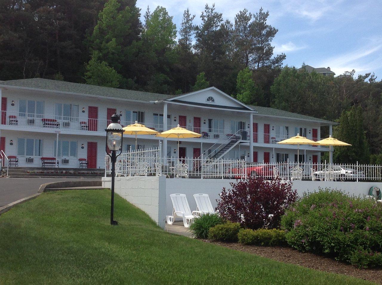 bay inn petoskey 89 1 1 1 prices motel reviews mi rh tripadvisor com