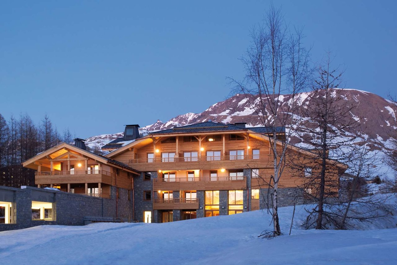 Residence Alpenrose with massage and osteopathy areas reserved for physiotherapist and osteopathic masseurs of Physioski