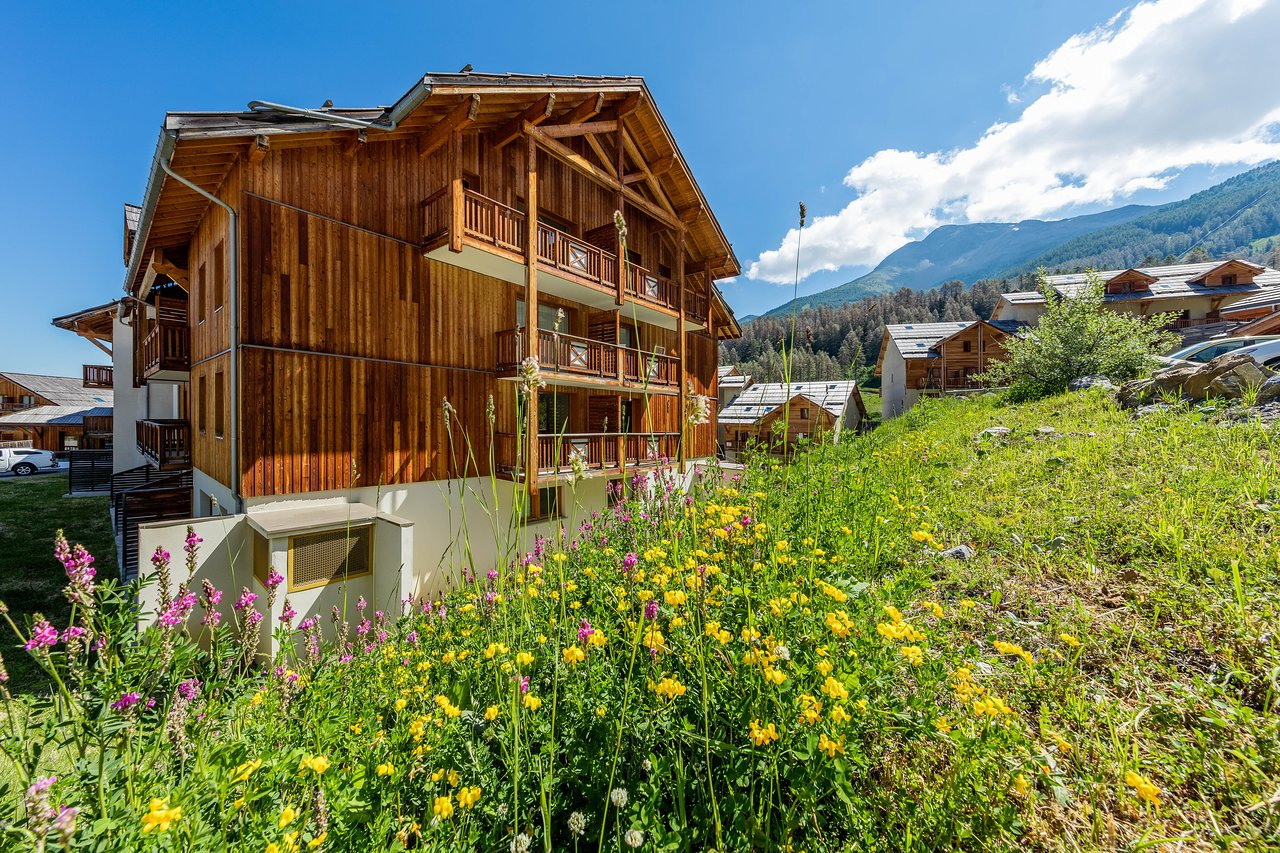 De Haute Qualite MONA LISA LES CHALETS DE BOIS MEAN   Updated 2019 Prices U0026 Condominium  Reviews (Les Orres, France)   TripAdvisor