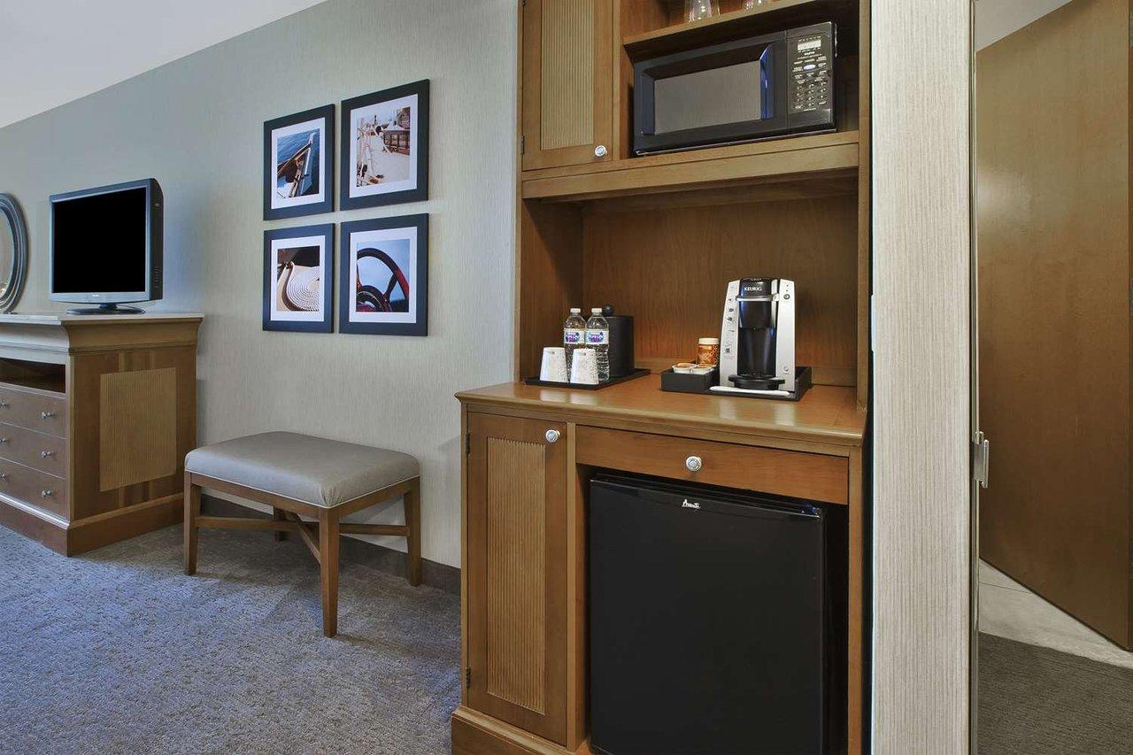 Hilton Garden Inn Portland Downtown Waterfront - UPDATED 2018 Prices ...