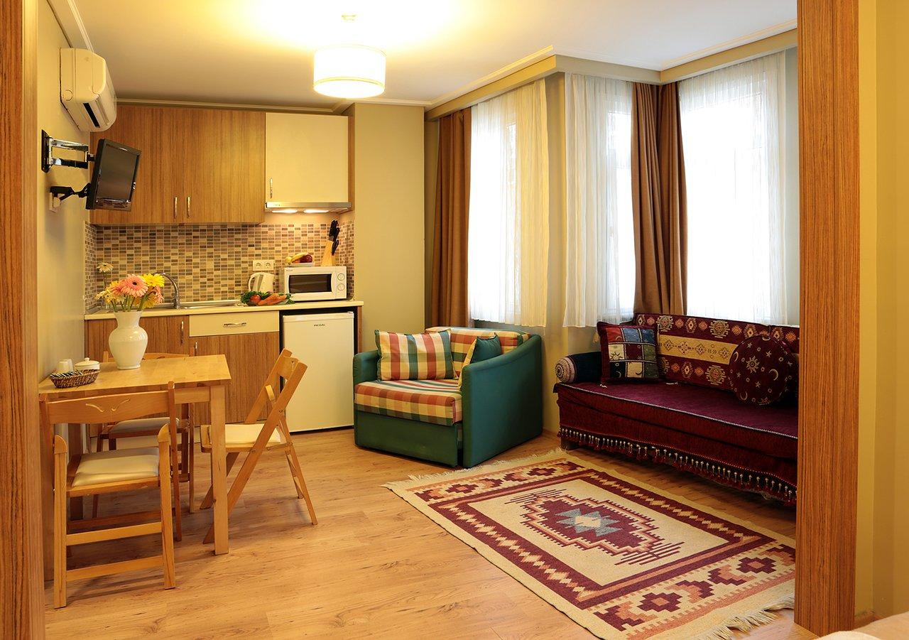 CLOUDY APART HOTEL - Prices & Reviews (Istanbul, Turkey) - TripAdvisor