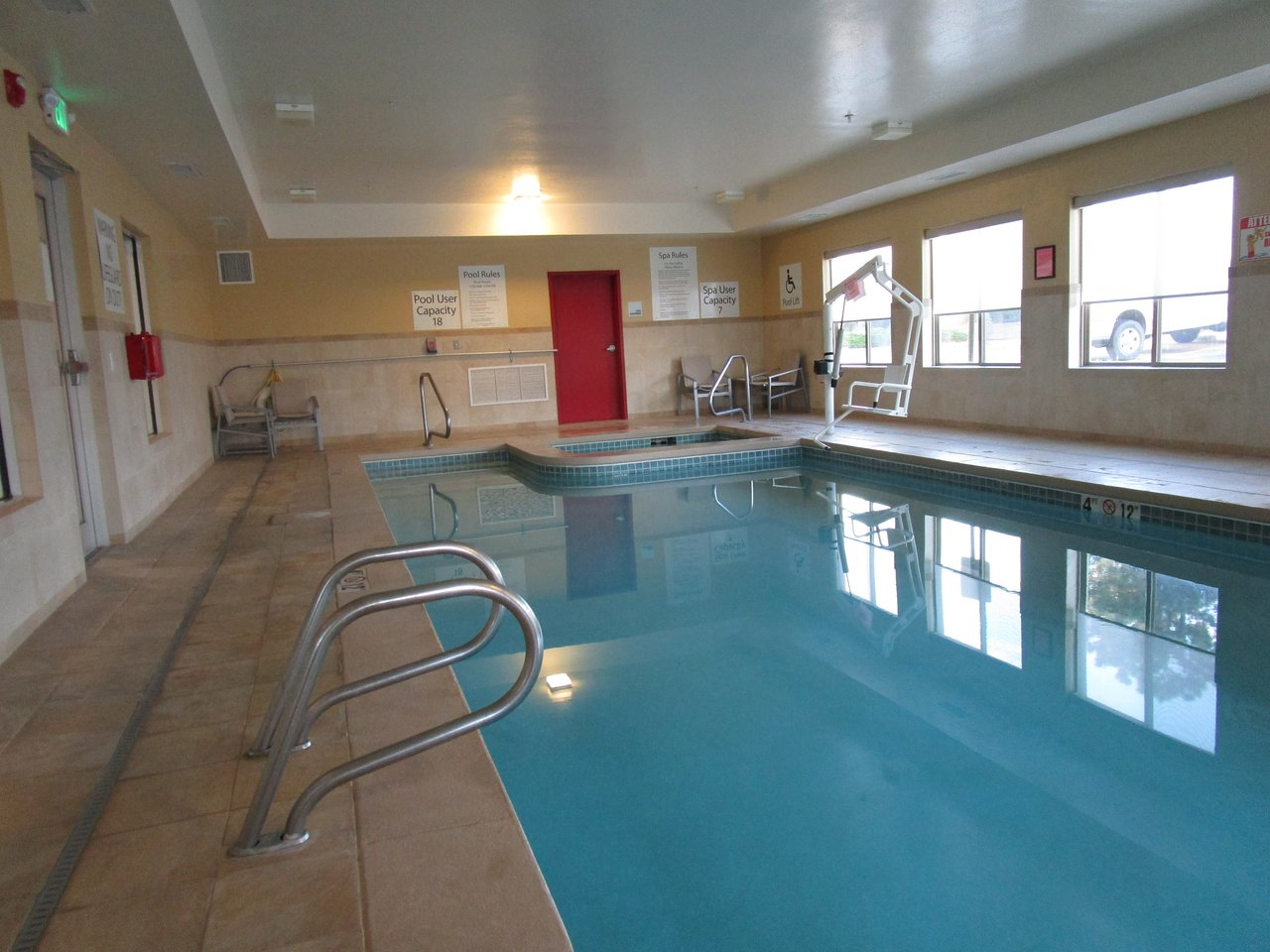 HOLIDAY INN EXPRESS HOTEL & SUITES LIMON I-70 (EX 359) $108 ...