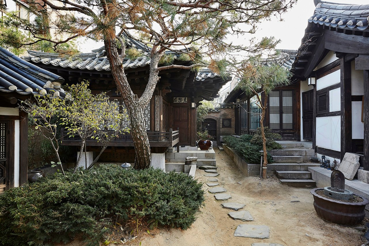 RAKKOJAE SEOUL (BUKCHON HANOK VILLAGE), TRADITIONAL KOREAN HANOK HOTEL -  Prices & Reviews (South Korea) - Tripadvisor