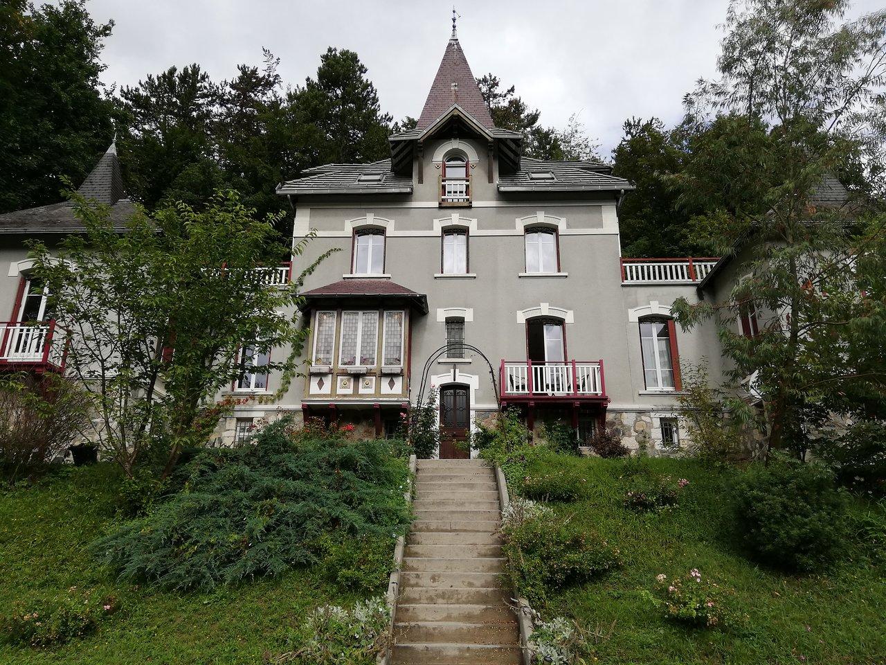 Maison Et Chocolat Uriage Les Bains le manoir des alberges - prices & guest house reviews