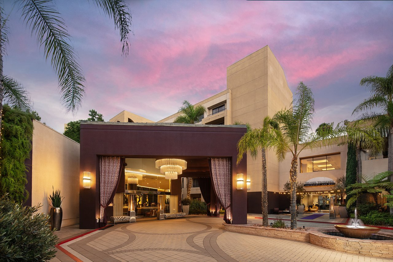 Avenue Of The Arts Costa Mesa A Tribute Portfolio Hotel Updated