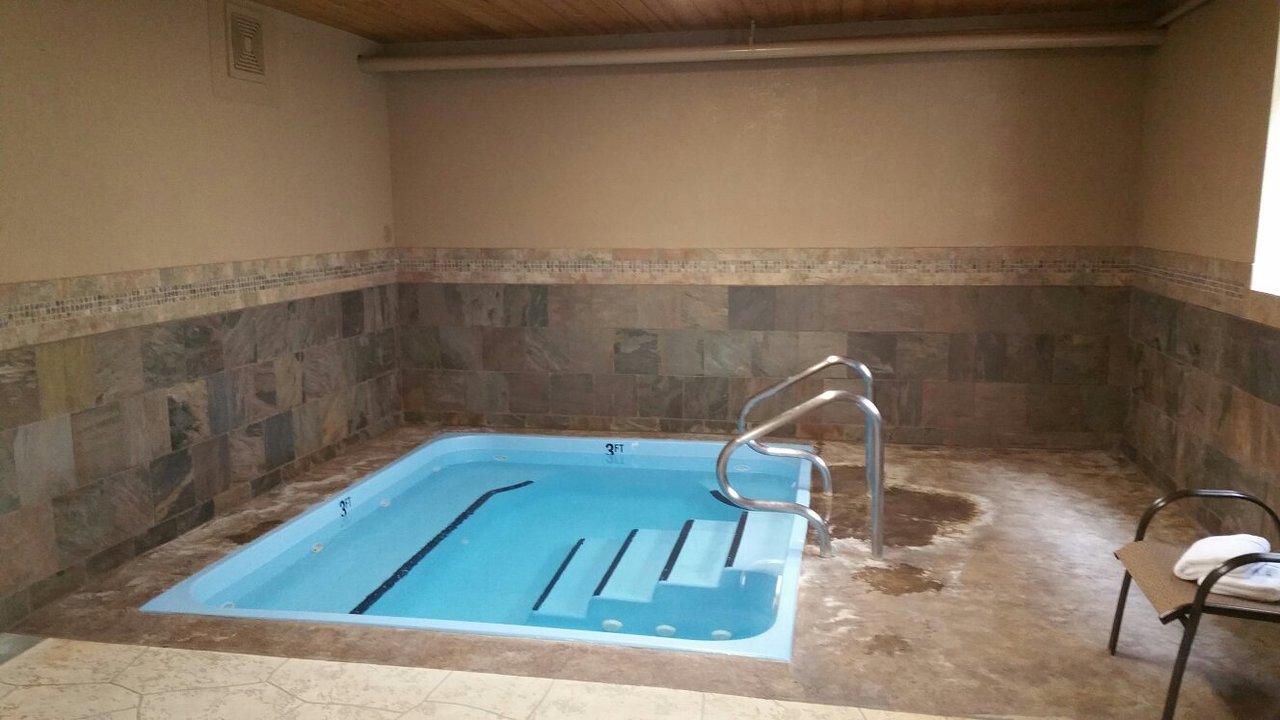 BEST WESTERN PLUS FLATHEAD LAKE INN AND SUITES $92 ($̶1̶0̶2̶ ...