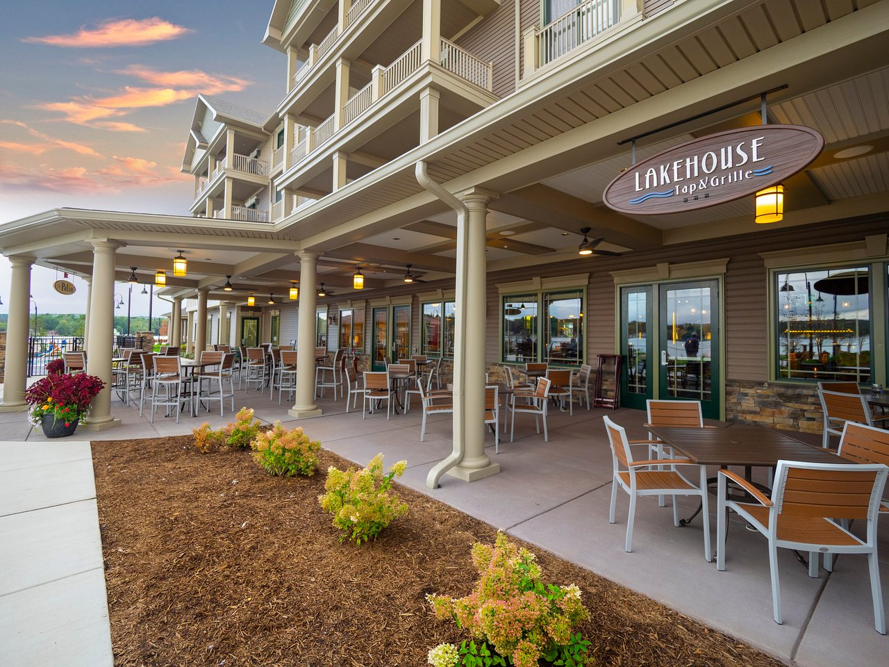 Chautauqua Harbor Hotel 126 1 4 2 Updated 2018 Prices Specialty Reviews Celoron Ny Tripadvisor