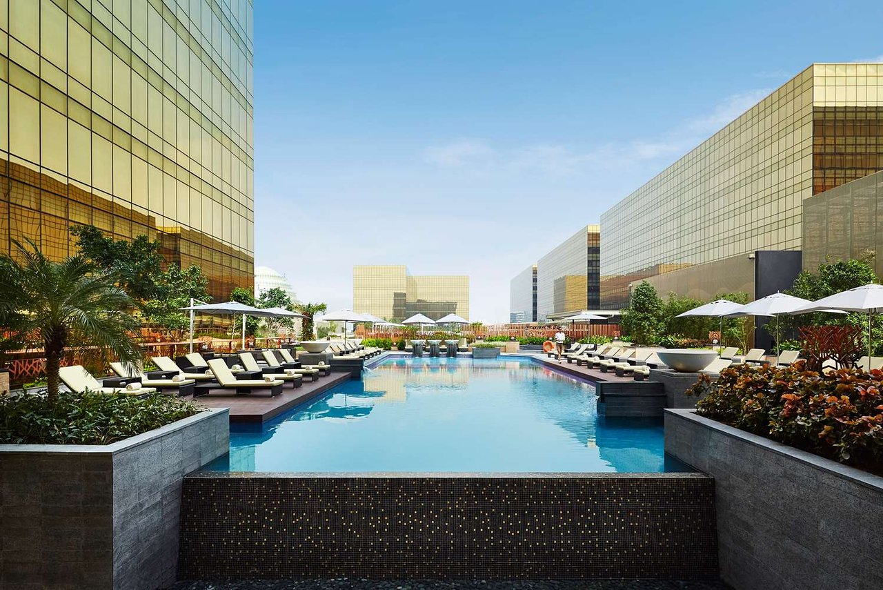 Hyatt regency hotel /u0026 casino manila manila philippines go plant 2 game