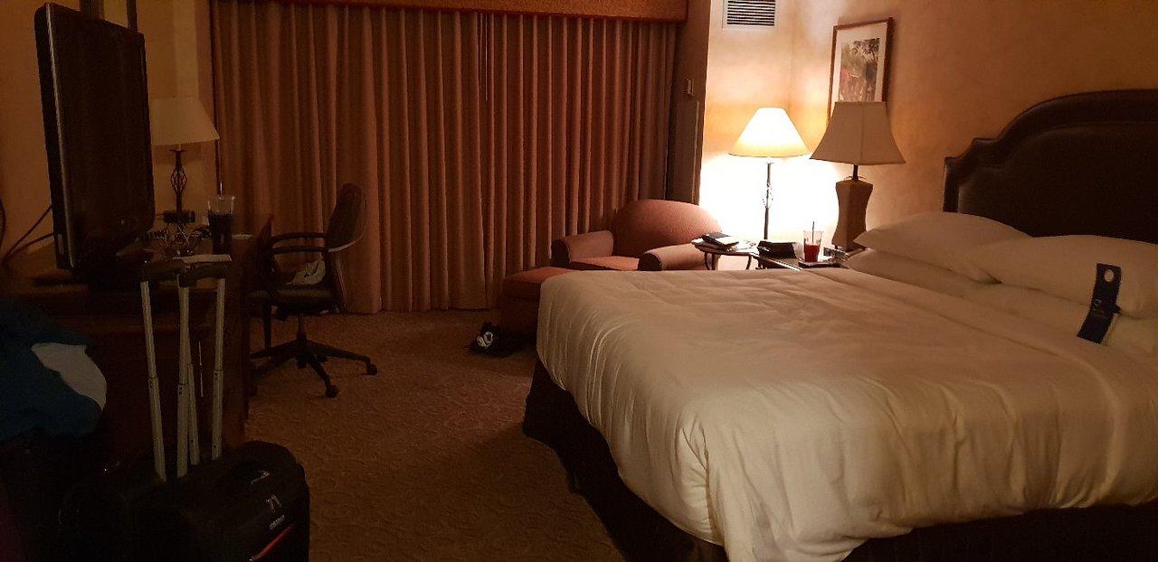 DELTA HOTELS BY MARRIOTT ANAHEIM GARDEN GROVE $116 ($̶1̶4̶8̶ ...