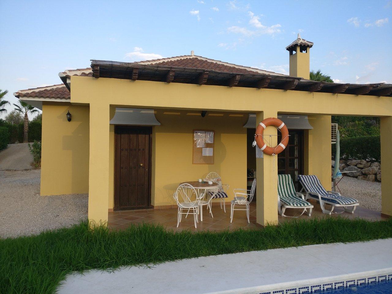 COMPLEJO TURISTICO RURAL LAS MAYORALAS - Updated 2018 Prices & Villa ...