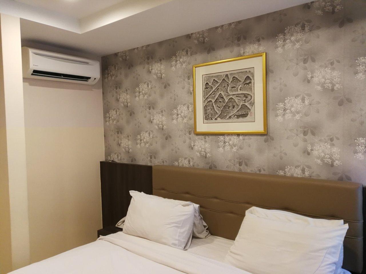 louis hotel r m 1 2 7 rm 86 updated 2018 reviews price rh tripadvisor com my