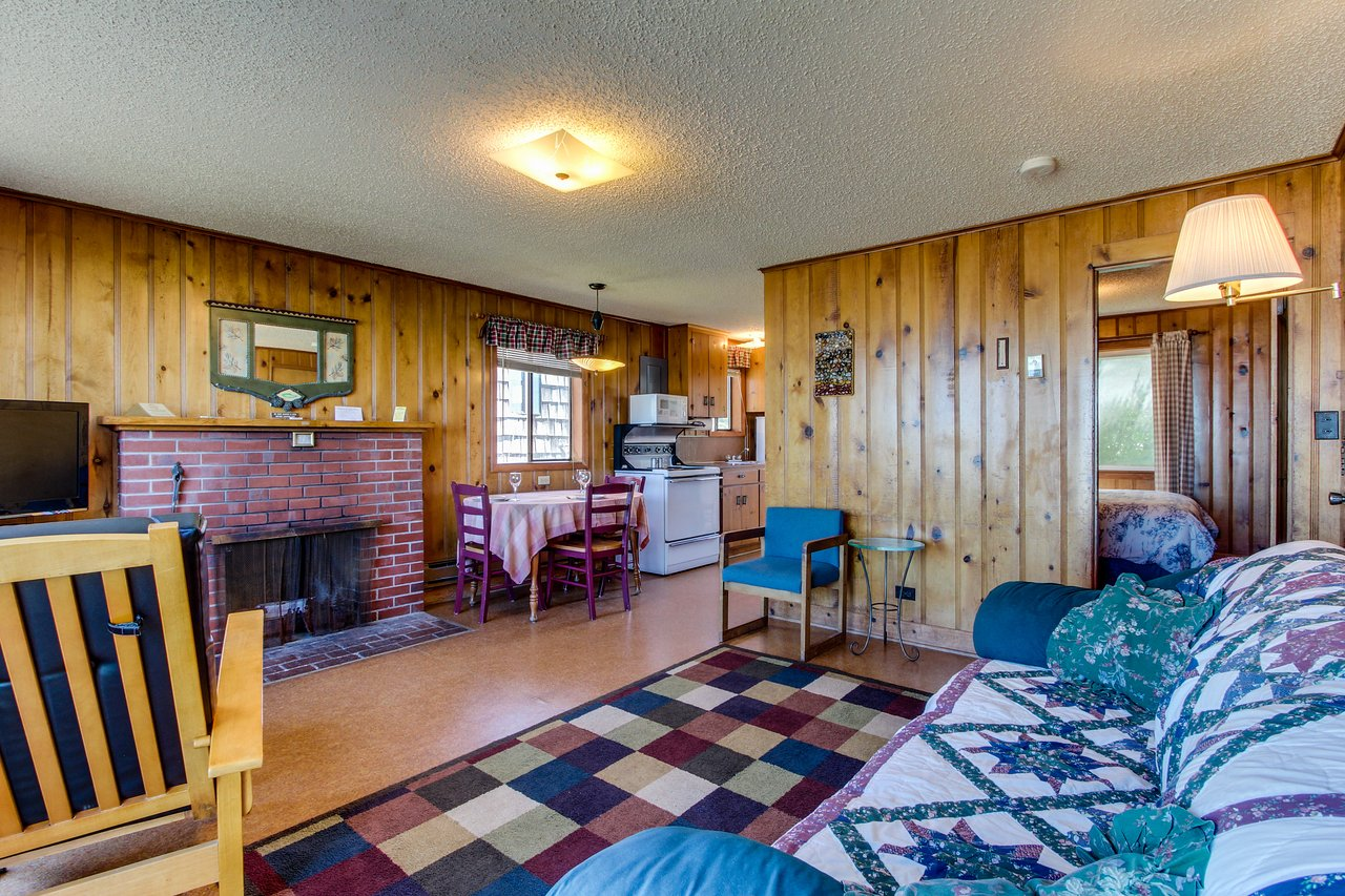 Excellent Cape Cod Cottages 58 77 Updated 2019 Prices Home Interior And Landscaping Transignezvosmurscom