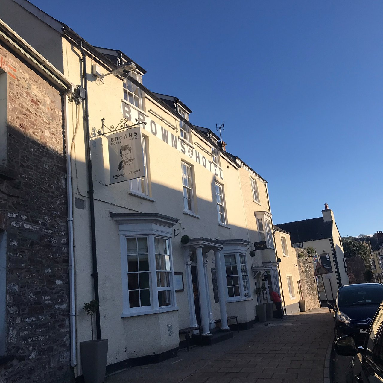 The browns hotel laugharne
