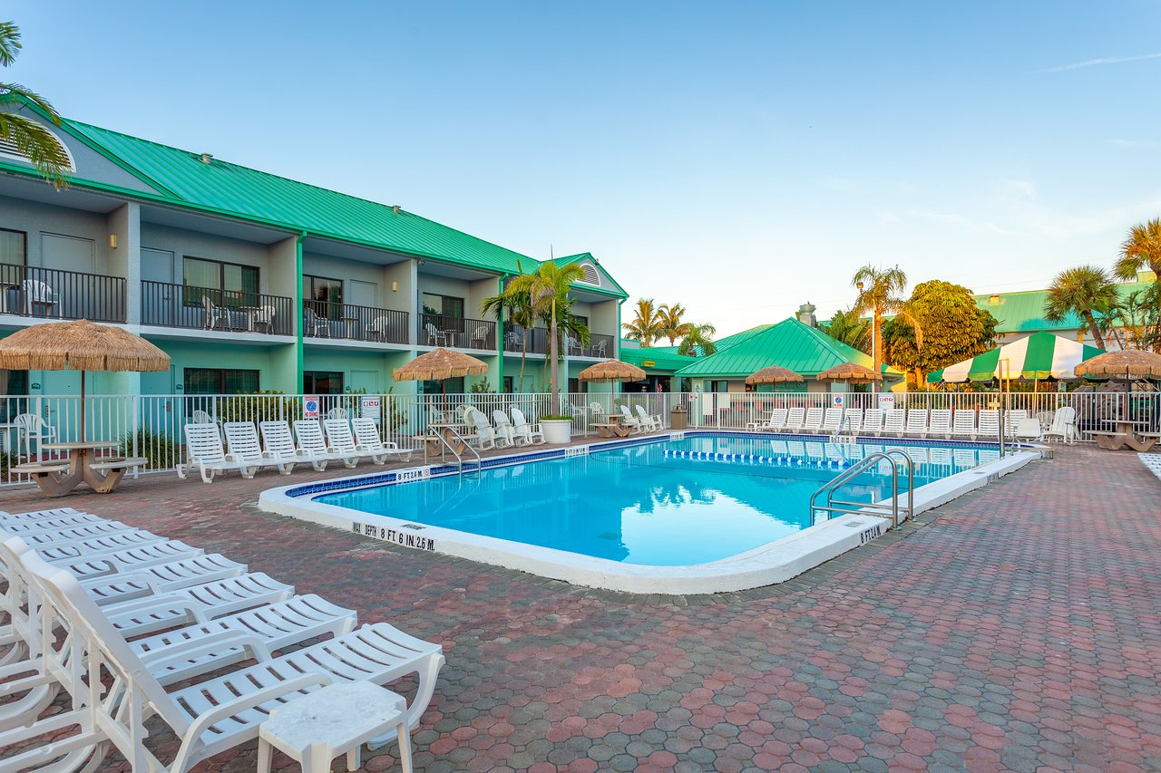 Quality Inn Suites Cocoa Beach 102 1 4 9 Updated 2018 Prices Hotel Reviews Fl Tripadvisor