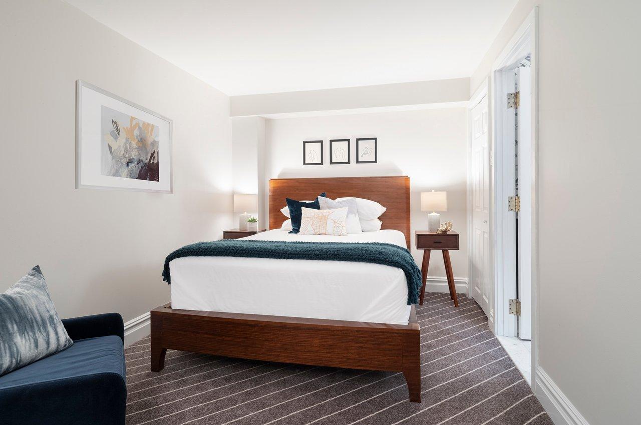 THE INDEPENDENT HOTEL $172 ($̶2̶4̶9̶) - Updated 2019 Prices