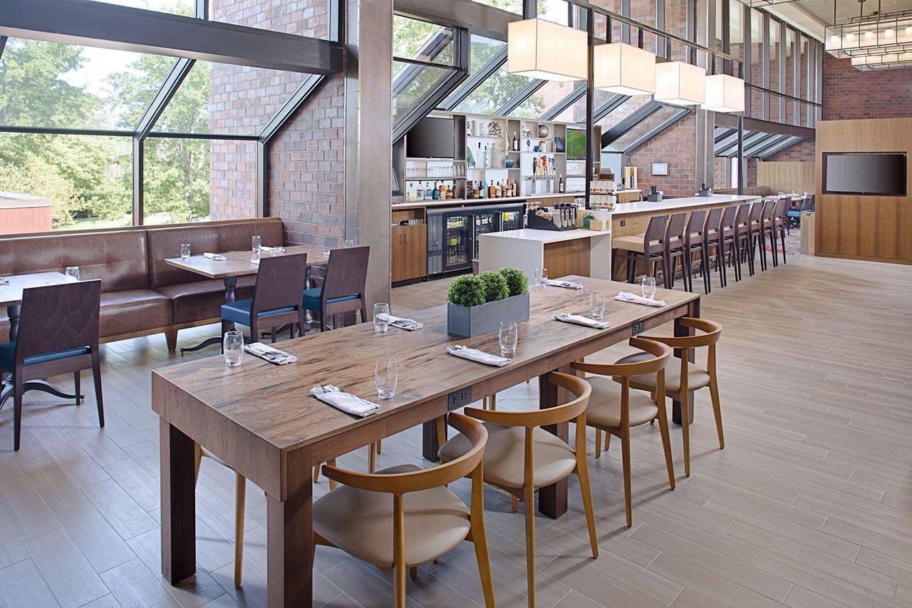 Hilton Boston Dedham 130 1 6 8 Updated 2018 Prices Hotel Reviews Ma Tripadvisor