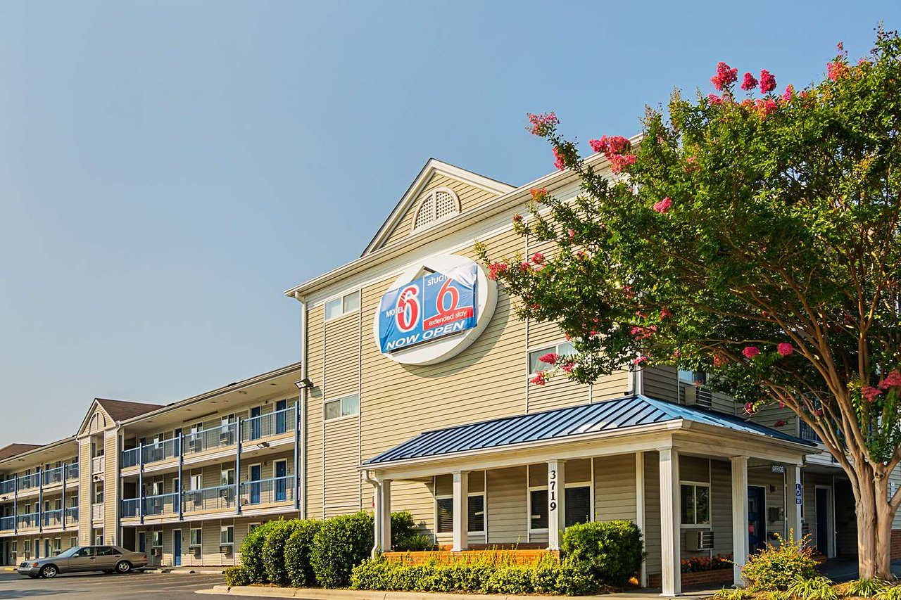 Motel 6 Fayetteville Fort Bragg Area 36 4 2 Updated 2019 Prices Hotel Reviews Nc Tripadvisor