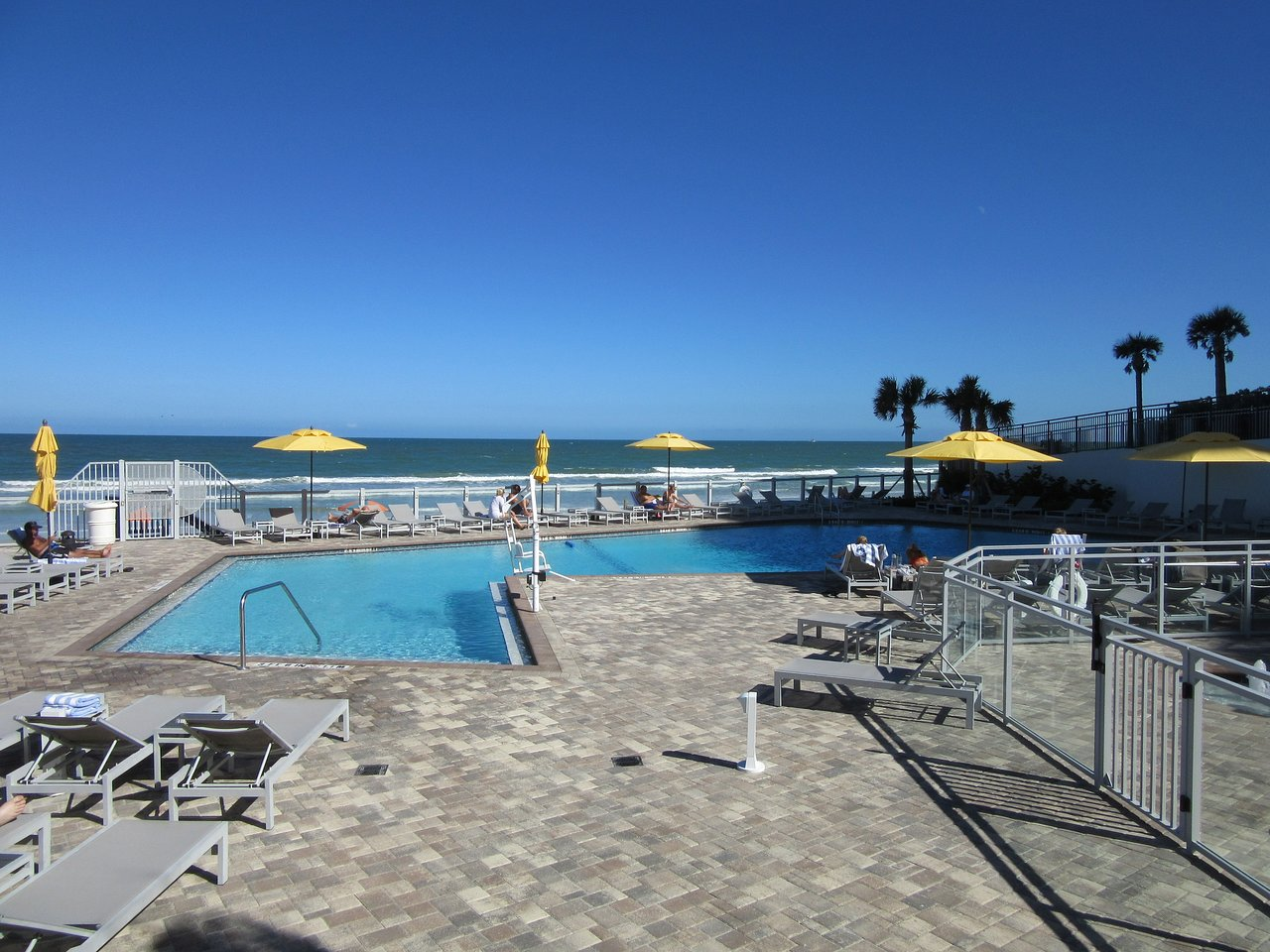 Delta Hotels By Marriott Daytona Beach Oceanfront 161 1 9 0 Updated 2018 Prices Resort Reviews Ss Fl Tripadvisor