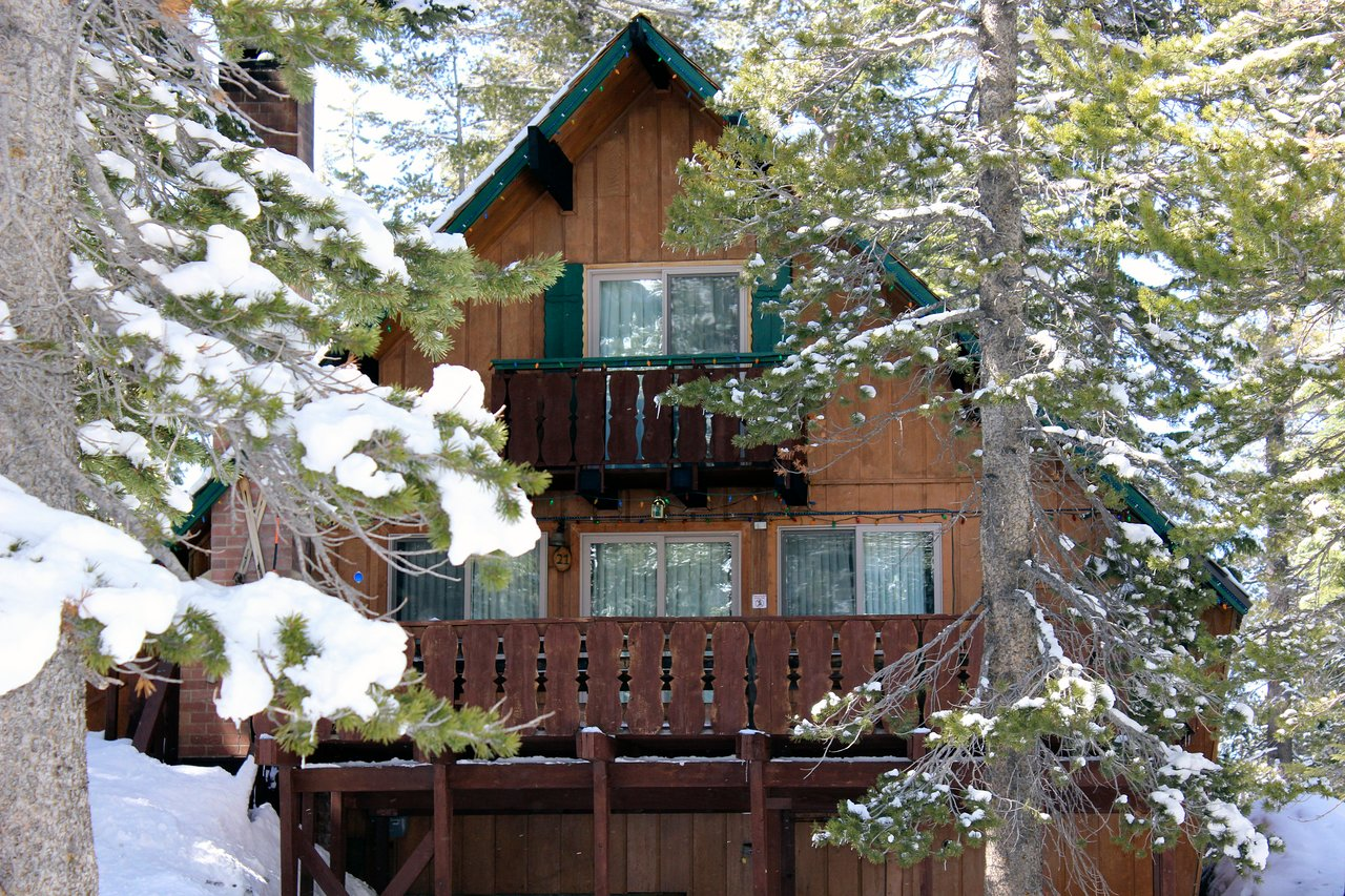 MAMMOTH MOUNTAIN CHALETS - Updated 2019 Prices & Campground ... on june lake lodging map, monterey lodging map, canyons resort lodging map, mammoth city map, yosemite lodging map, mammoth cave map, mammoth village map, mammoth fishing map, biggest ski mountain map, mammoth hiking map, mammoth transit map, park city lodging map, mammoth mtn map, mammoth campgrounds map, alta lodging map, northstar lodging map, mammoth trail map pdf, grand targhee lodging map, copper mountain lodging map, mammoth ca map,