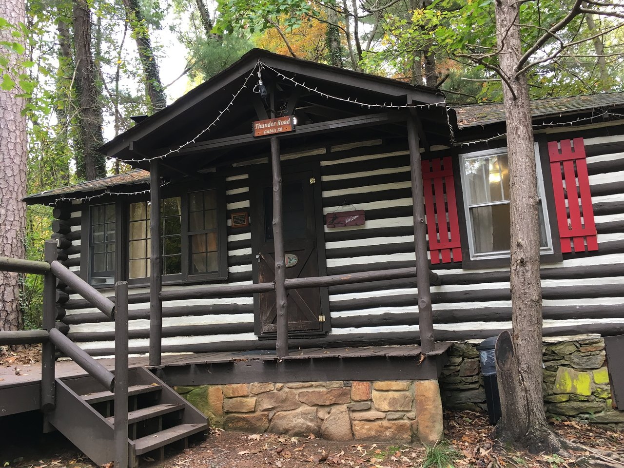 LOG CABIN MOTOR COURT (AU$149): 2019 Prices & Reviews (Asheville, NC) - Photos of Ranch - TripAdvisor