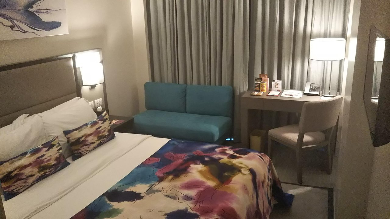 savoy hotel manila フィリピン 2018年最新の料金比較 口コミ 宿泊