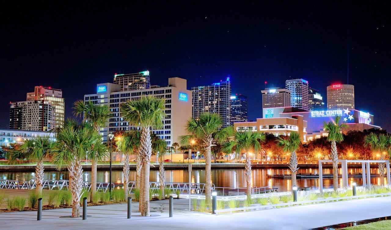 The Barrymore Hotel Tampa Riverwalk 96 1 2 8 Updated 2018 Room Prices Reviews Fl Tripadvisor