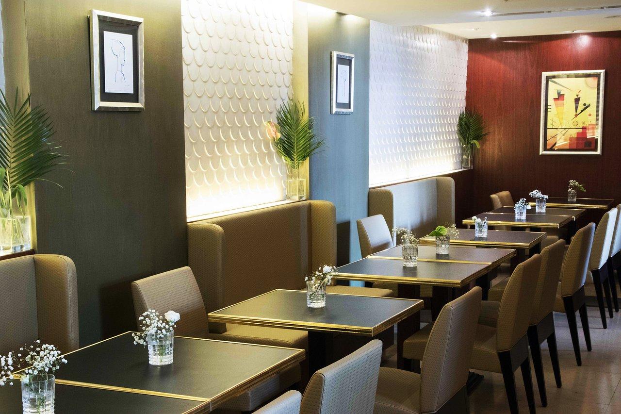 Hotel art deco euralille la madeleine frankrijk foto s