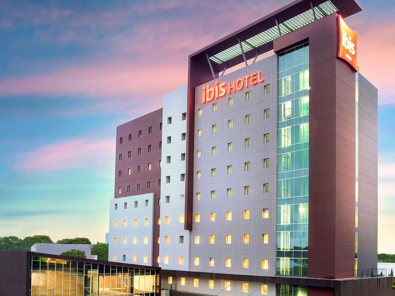 the 10 best 4 star hotels in makassar of 2019 with prices rh tripadvisor com