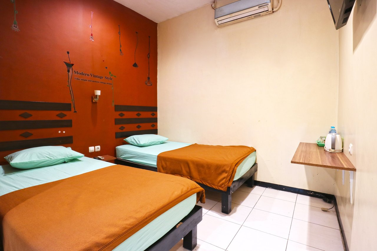 sparkling backpacker hotel prices hostel reviews surabaya java rh tripadvisor com