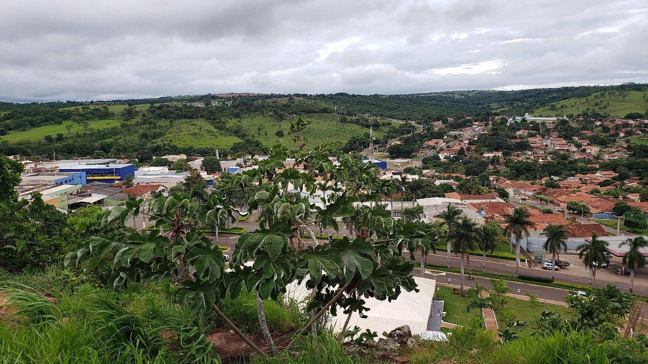 Paraúna Goiás fonte: media-cdn.tripadvisor.com