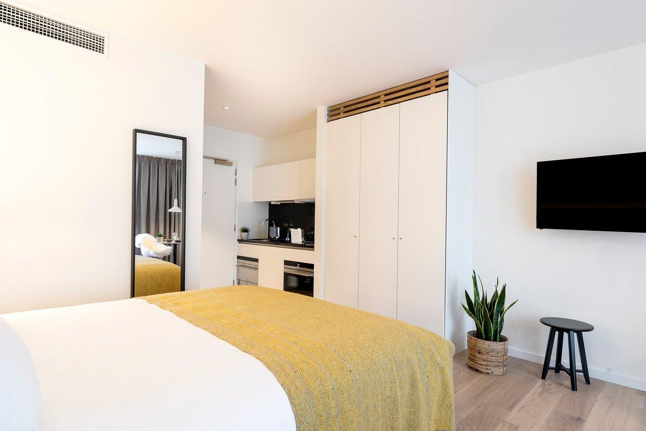 Premier suites plus antwerp antwerpen belgië fotos reviews en
