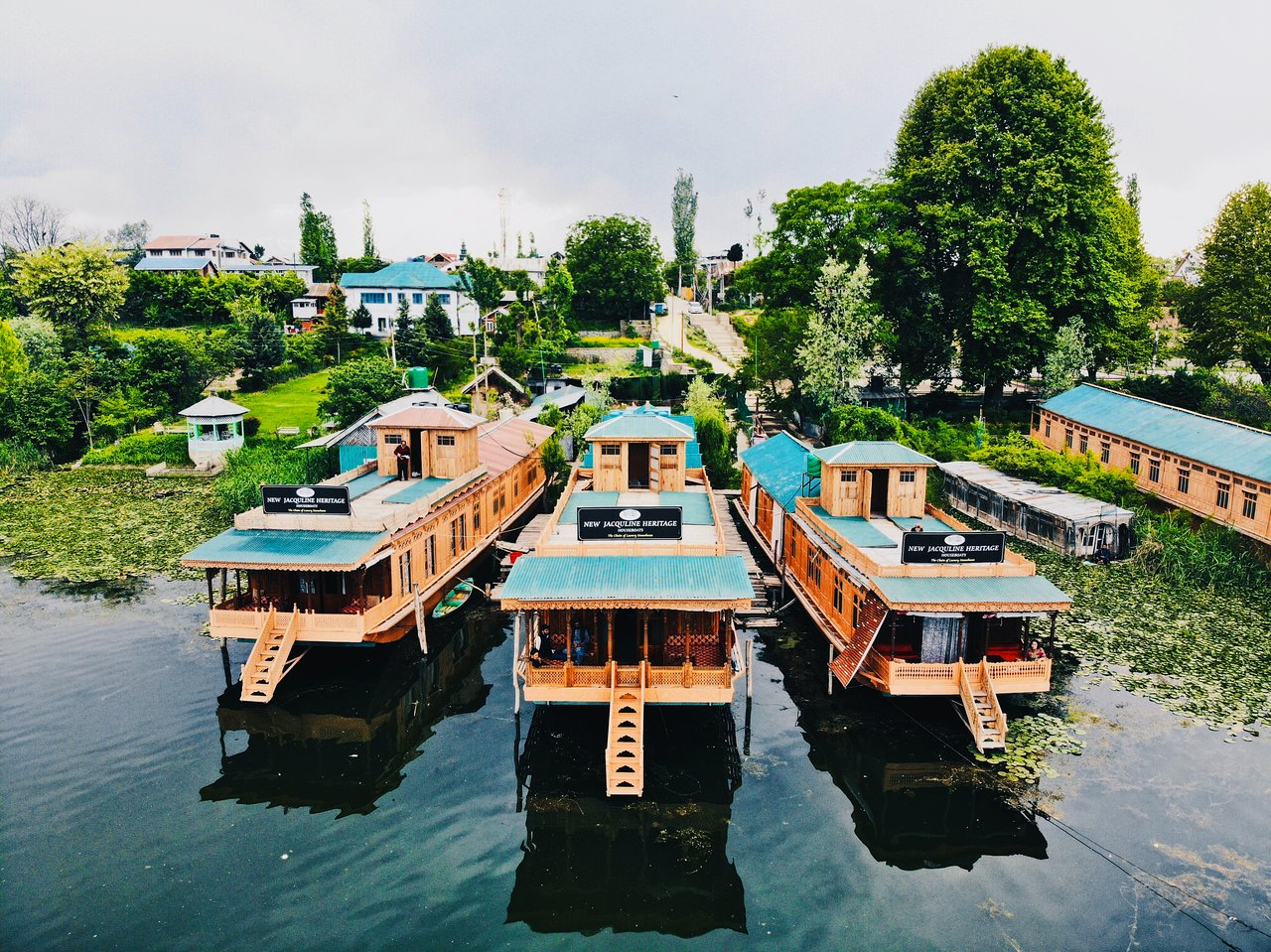 Fantastic New Jacquline Heritage Houseboats 54 68 Updated Download Free Architecture Designs Scobabritishbridgeorg