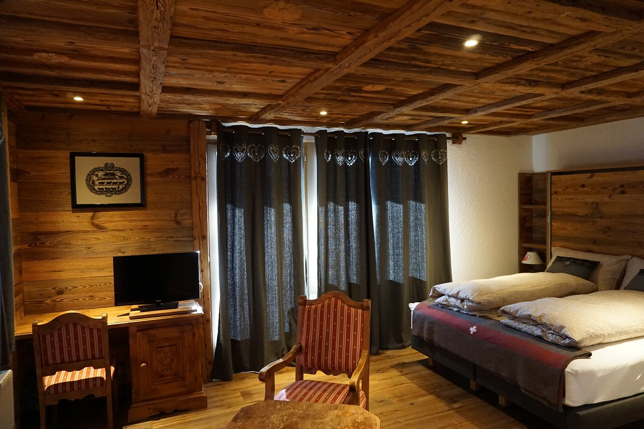HOTEL LE GRAND CHALET - Updated 2019 Prices, Reviews, and Photos ...