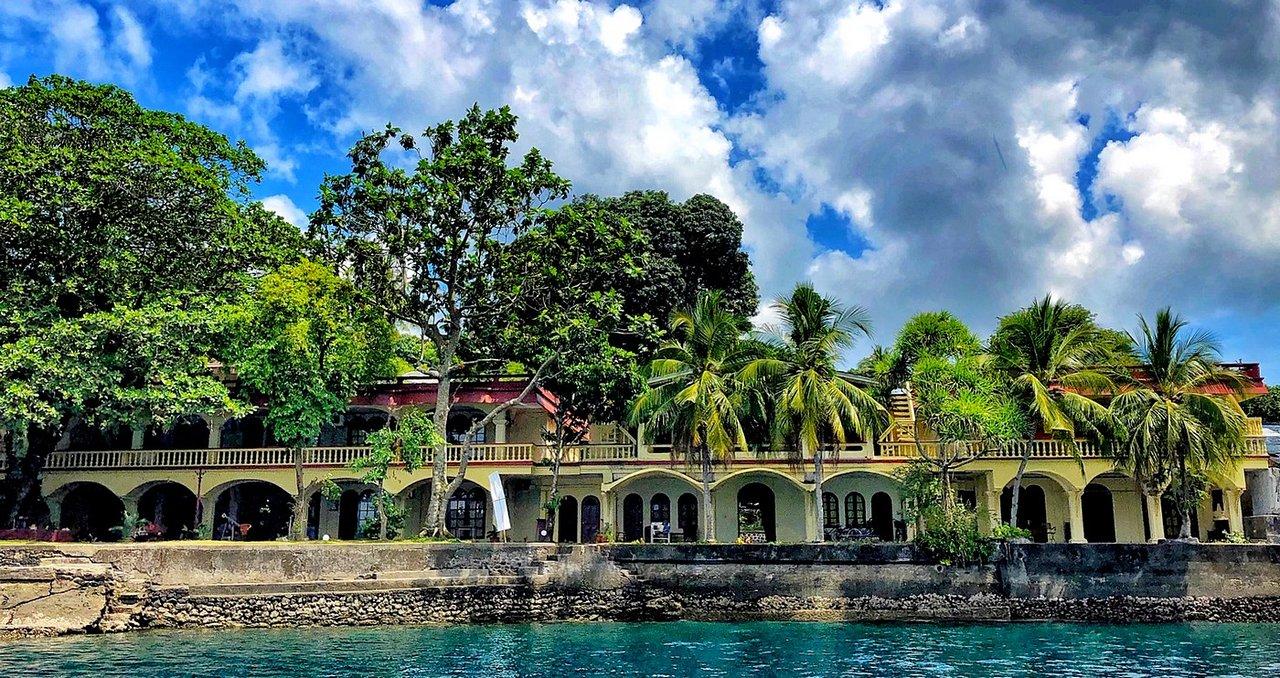 The Maulana Hotel Bandar Neira Indonesia Ulasan Penginapan Tripadvisor