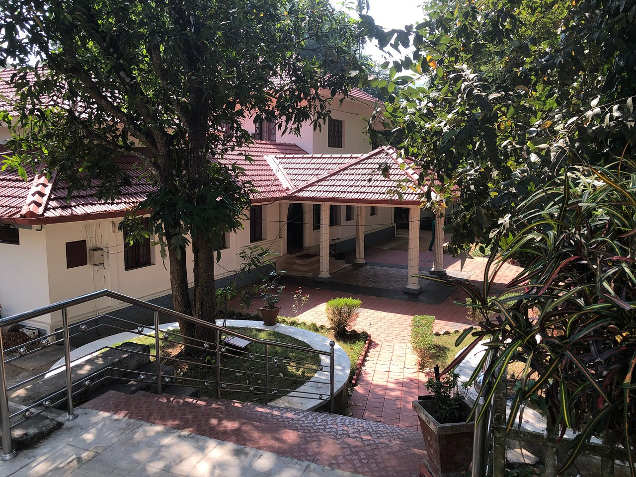 Incredible Ayuryogashram Thrissur Kerala Resort Reviews Photos Download Free Architecture Designs Scobabritishbridgeorg