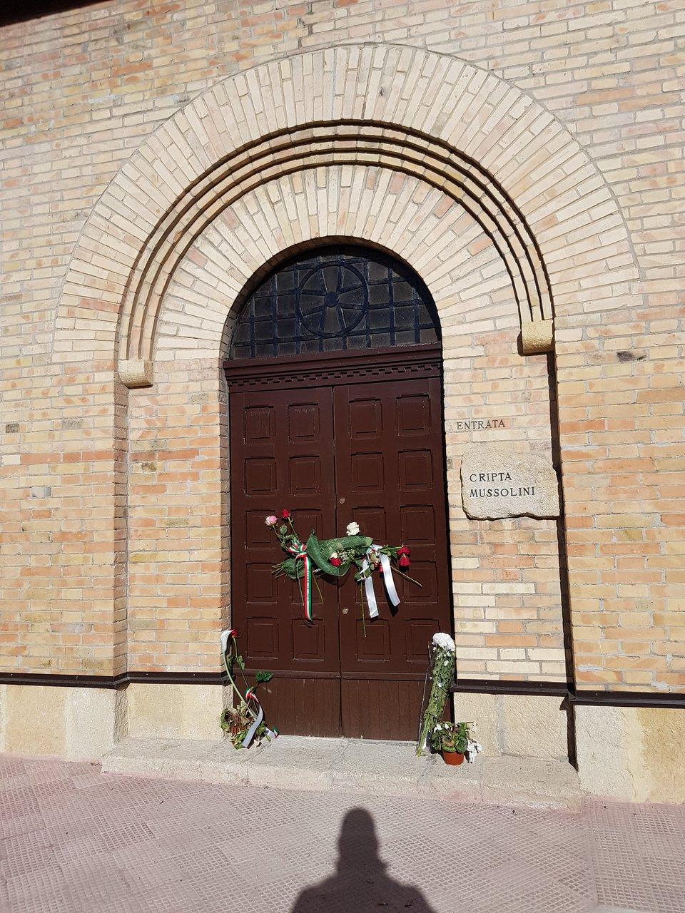 Cimitero Monumentale Predappio Fc cripta di benito mussolini (predappio) - 2020 all you need