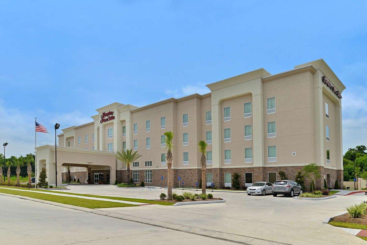 Hampton Inn Suites Harvey New Orleans West Bank 107 2 0 2