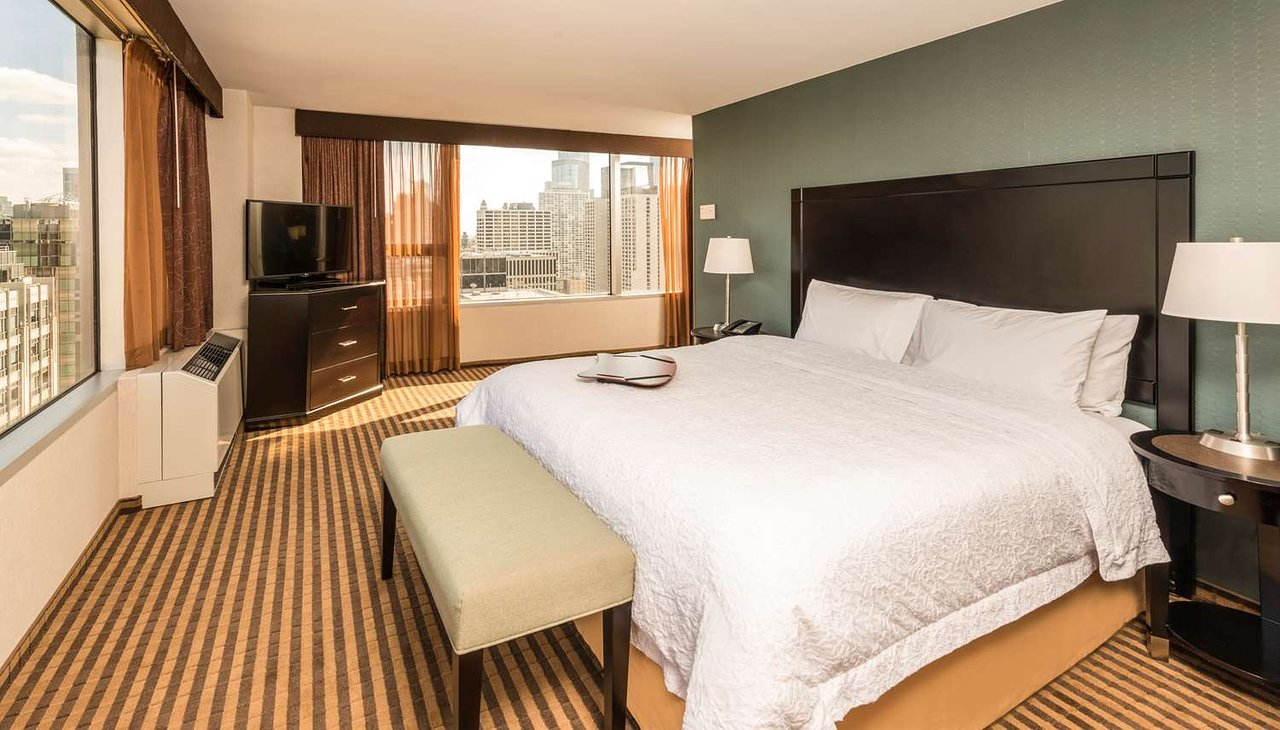 the 10 closest hotels to the magnificent mile chicago tripadvisor rh tripadvisor com