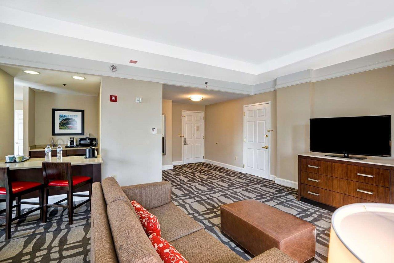 hilton garden inn chicago downtown magnificent mile 153 2 8 0 rh tripadvisor com