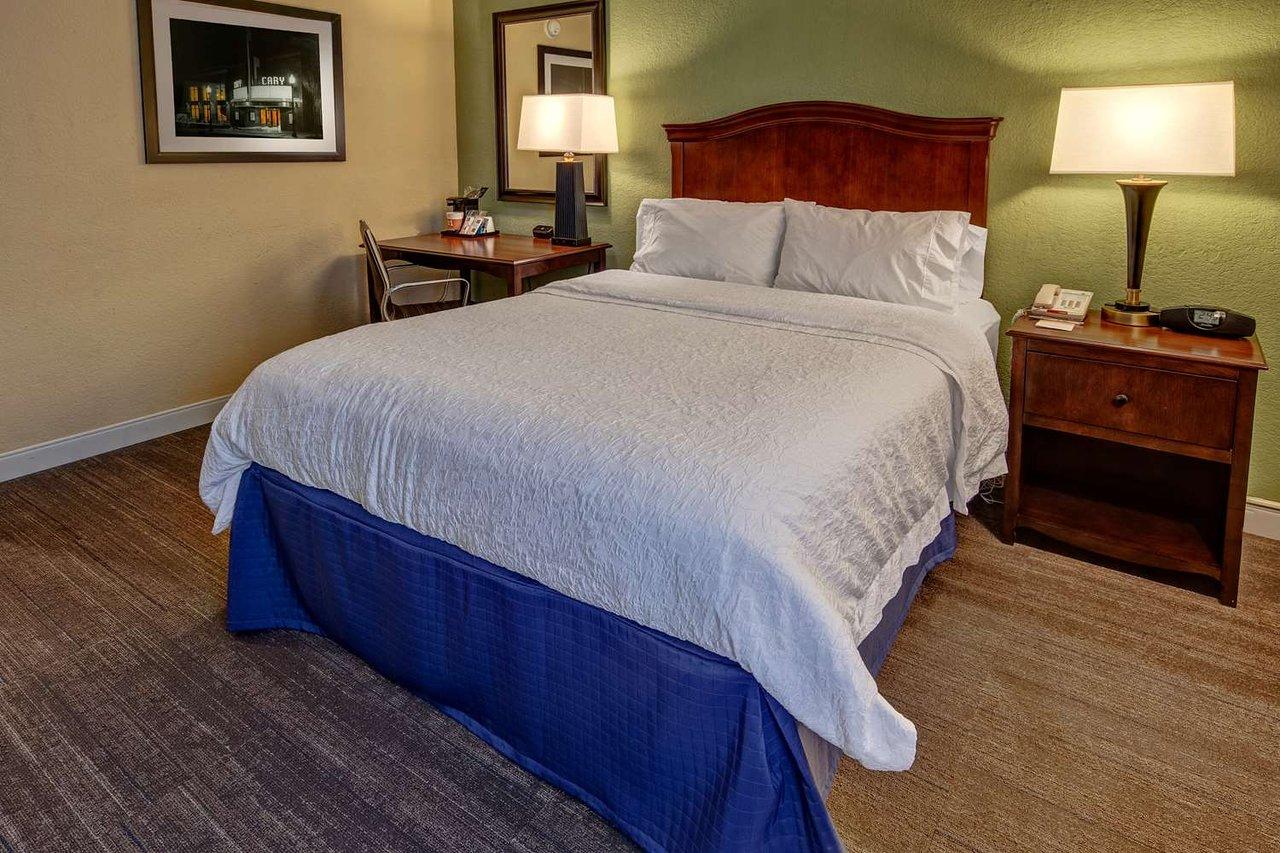 Hampton Inn Raleighcary 98 110 Updated 2019 Prices