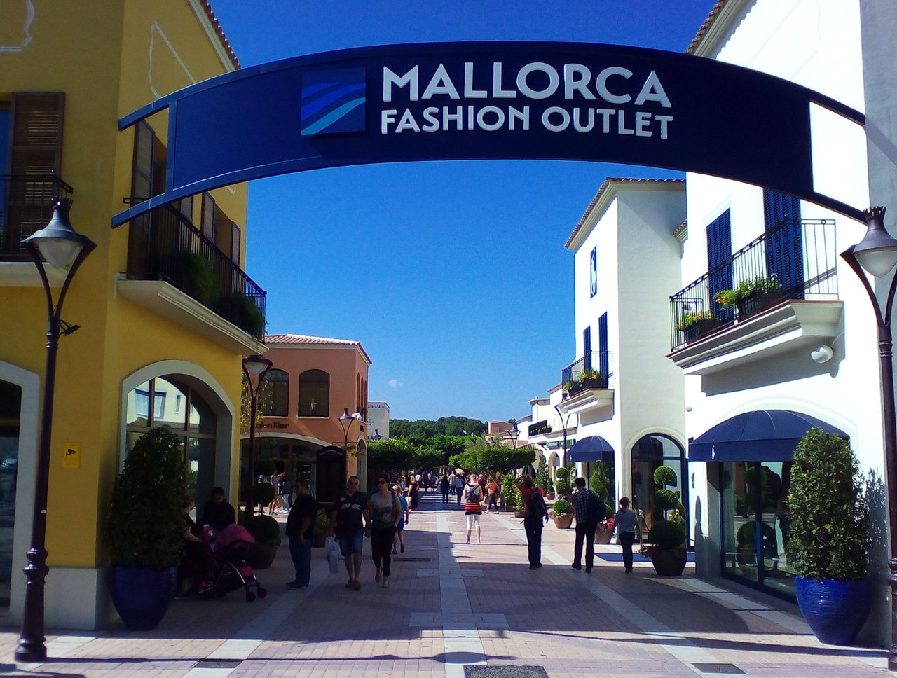 consumo superficie seriamente  Mallorca Fashion Outlet (Marratxi) - 2021 All You Need to Know BEFORE You  Go (with Photos) - Tripadvisor