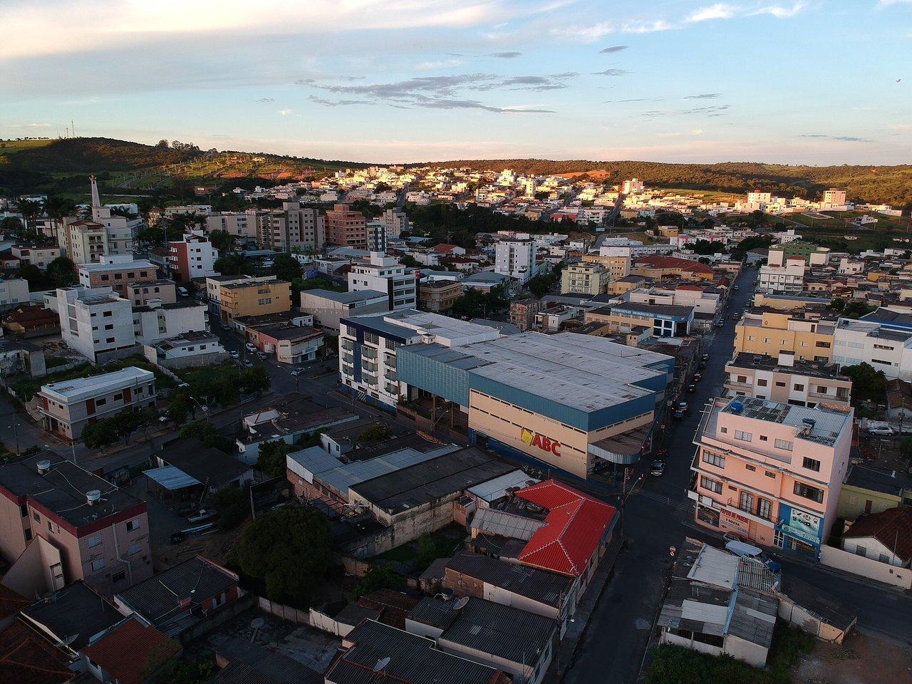 Santo Antônio do Monte Minas Gerais fonte: media-cdn.tripadvisor.com