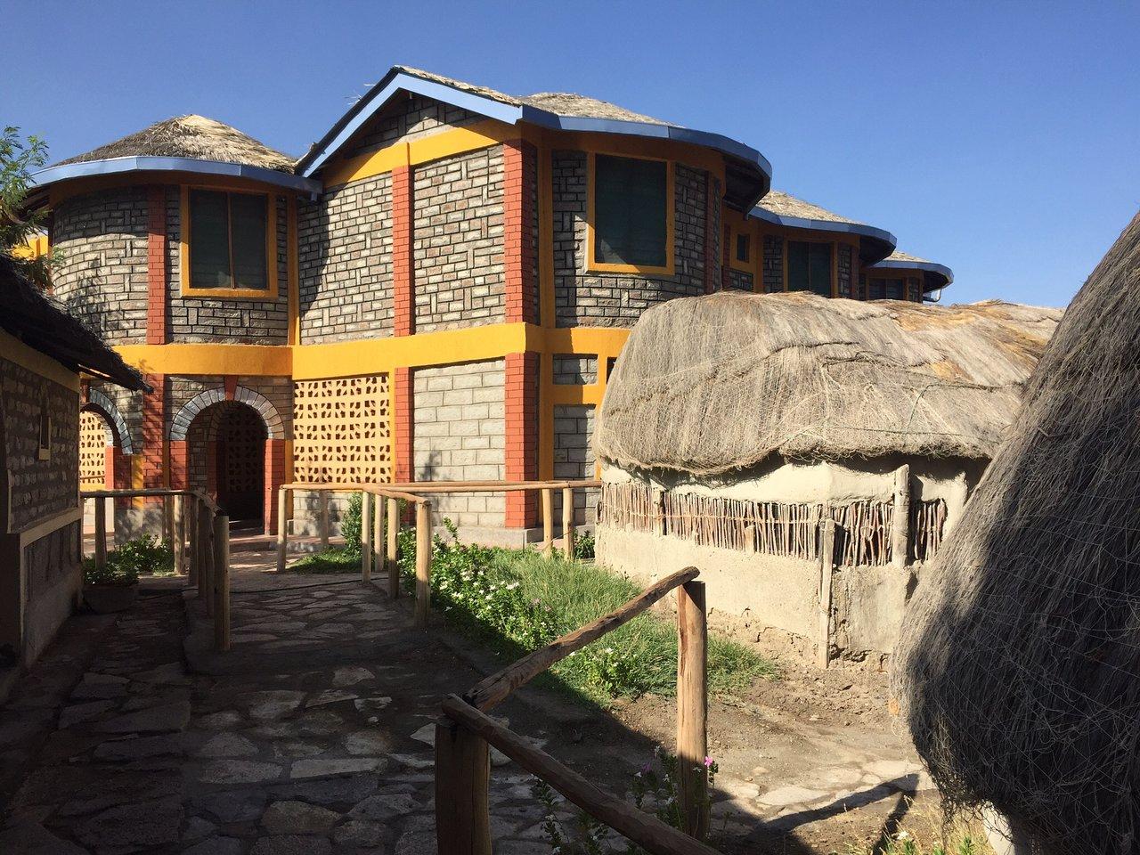 malabo resort loiyangalani 3